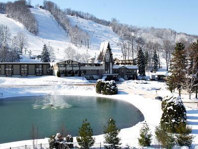 Top ten places to go over winter break the tower pulse for Places to go for winter break